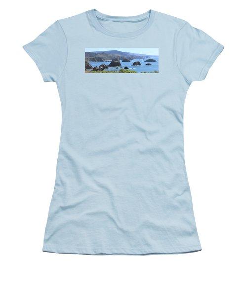 Greenwood Vista Women's T-Shirt (Athletic Fit)