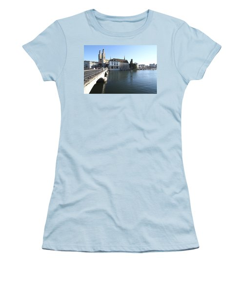 Grossmunster, Wasserkirche And Munsterbrucke - Zurich Women's T-Shirt (Athletic Fit)