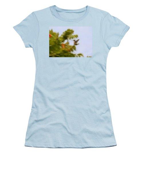 Women's T-Shirt (Junior Cut) featuring the photograph Humbird by Robert Pearson