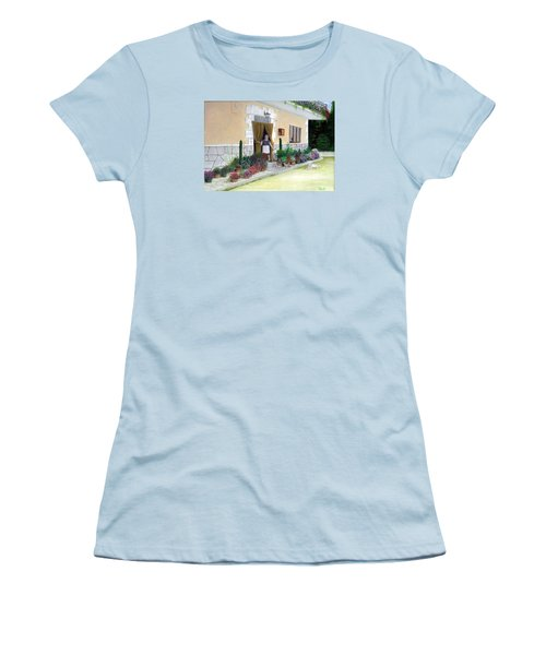 La Casa De Nonna Loreta Women's T-Shirt (Athletic Fit)