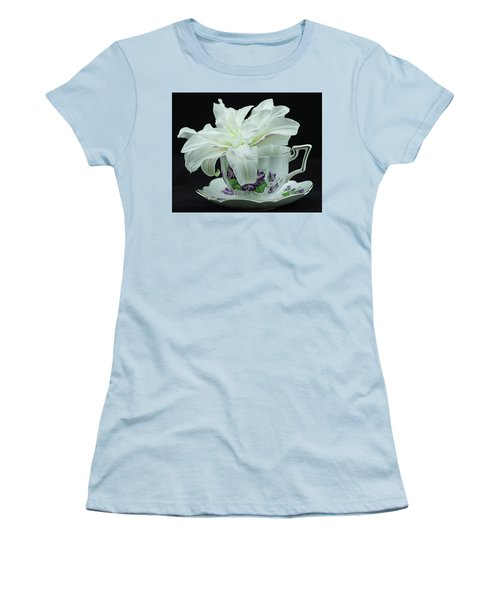 Lily With Teacup Women's T-Shirt (Athletic Fit)