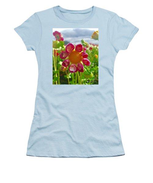 Look At Me Dahlia Women's T-Shirt (Junior Cut) by Susan Garren