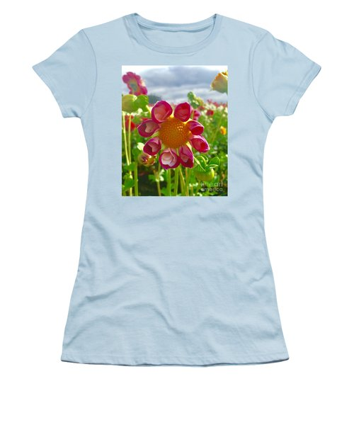 Look At Me Dahlia Women's T-Shirt (Athletic Fit)