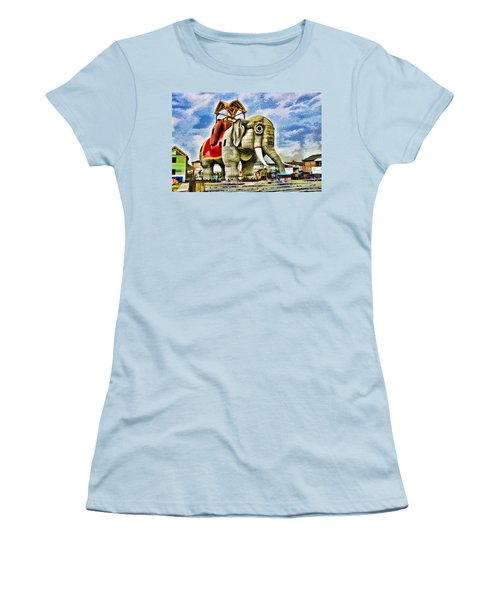 Lucy The Elephant 2 Women's T-Shirt (Athletic Fit)