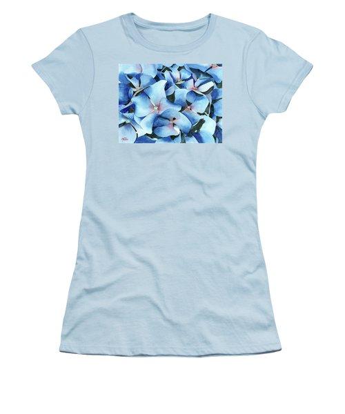Marathon Hydrangeas Women's T-Shirt (Athletic Fit)