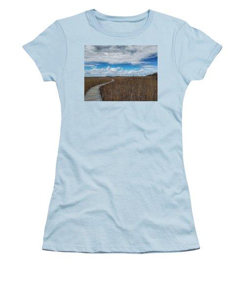 Marsh Walk 3 Women's T-Shirt (Athletic Fit)