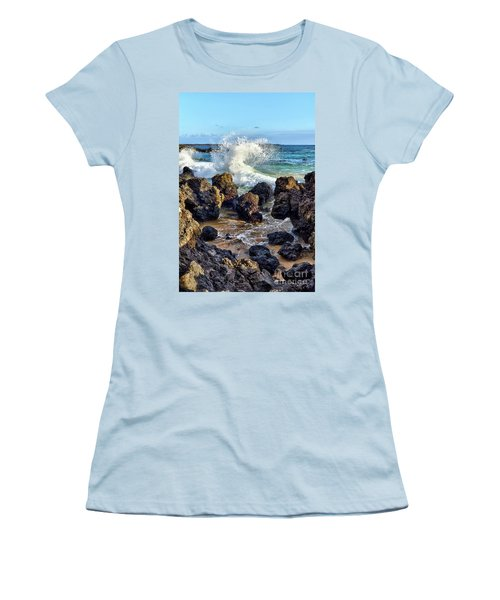Maui Wave Crash Women's T-Shirt (Athletic Fit)