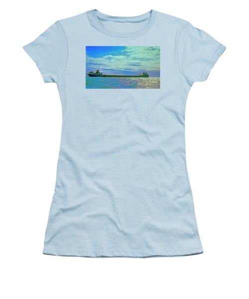 Medusa Challenger  Women's T-Shirt (Athletic Fit)