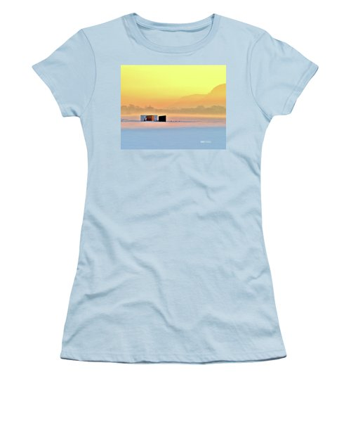 Minnesota Sunrise Women's T-Shirt (Athletic Fit)