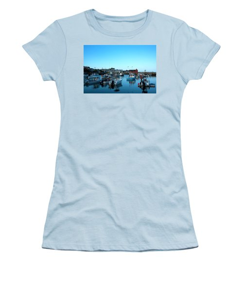 Motif Number 1 Women's T-Shirt (Athletic Fit)