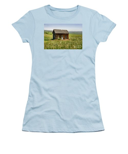 Nephi Moss Cabin Women's T-Shirt (Athletic Fit)