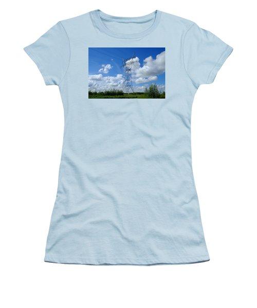 No Alien Women's T-Shirt (Athletic Fit)