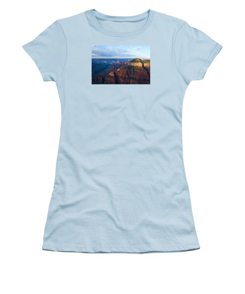 North Rim Women's T-Shirt (Athletic Fit)