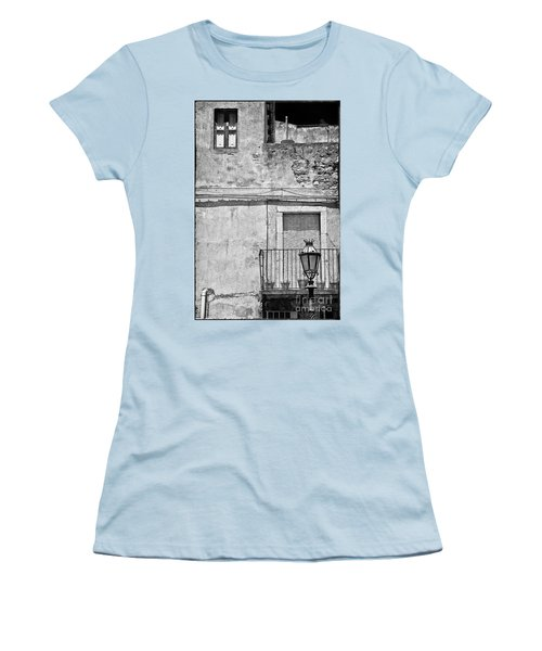 Old House In Taormina Sicily Women's T-Shirt (Junior Cut)
