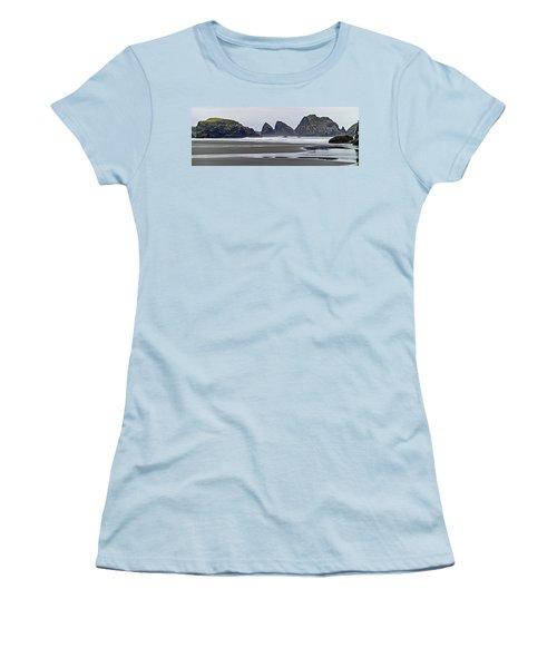 Oregon Tide Women's T-Shirt (Athletic Fit)