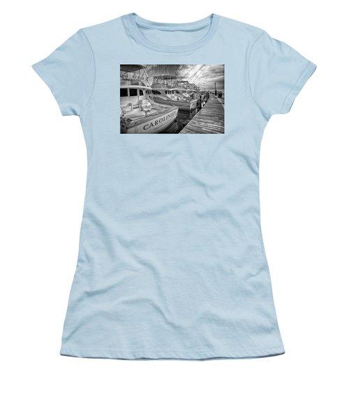 Outer Banks Fishing Boats Waiting Bw Women's T-Shirt (Junior Cut)