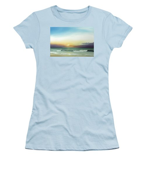 East Coast Sunrise Women's T-Shirt (Athletic Fit)