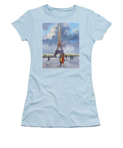 Paris Eiffel Tower Women's T-Shirt (Athletic Fit)