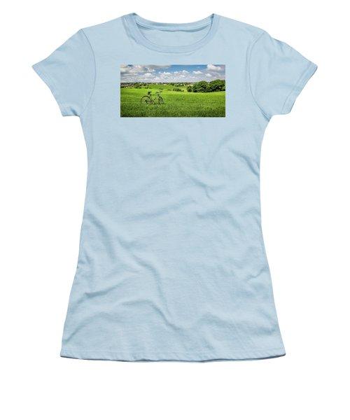 Pays De Herve Women's T-Shirt (Athletic Fit)