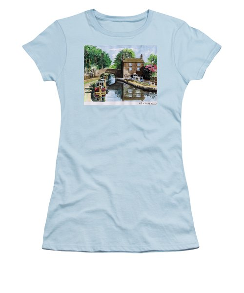 Peacfull House On The Lake Women's T-Shirt (Athletic Fit)