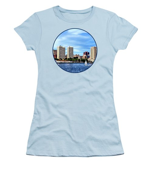 Philadelphia Pa Skyline Women's T-Shirt (Junior Cut) by Susan Savad