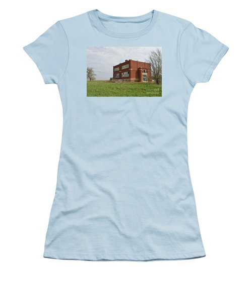 Primrose Nebraska School Women's T-Shirt (Athletic Fit)