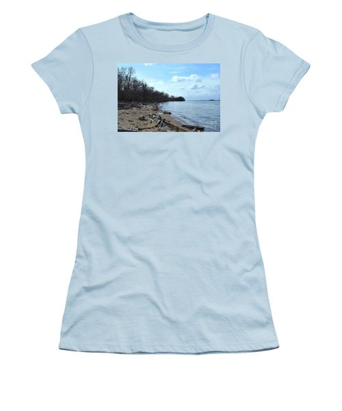 Delaware River Shoreline Women's T-Shirt (Athletic Fit)