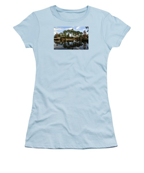 Sculpture Garden Women's T-Shirt (Athletic Fit)