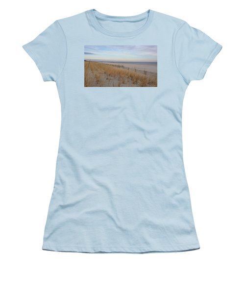 Sea Isle City, N J, Beach Women's T-Shirt (Athletic Fit)