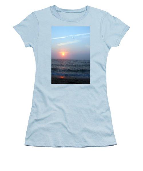 Seagull Sunset Women's T-Shirt (Junior Cut) by Todd Breitling