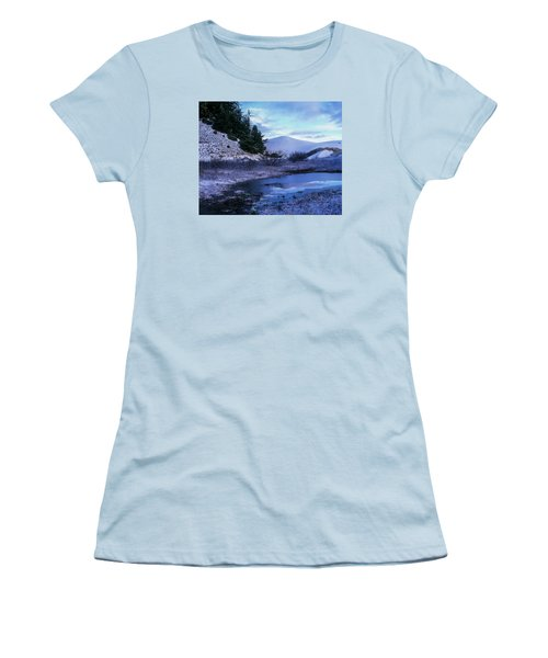 Snow On The Sand Women's T-Shirt (Athletic Fit)