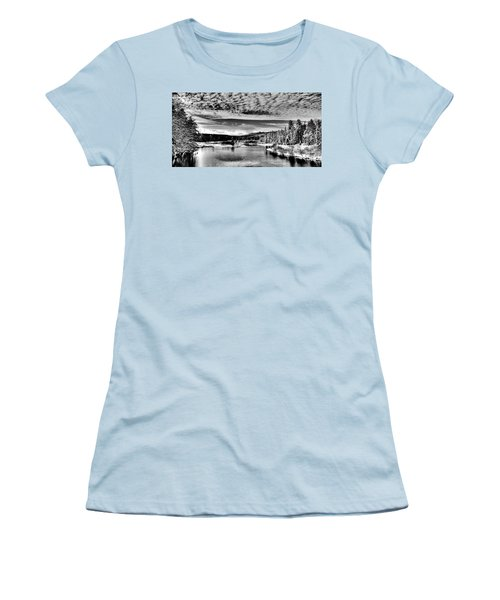Snowy Day At The Green Bridge Women's T-Shirt (Junior Cut) by David Patterson