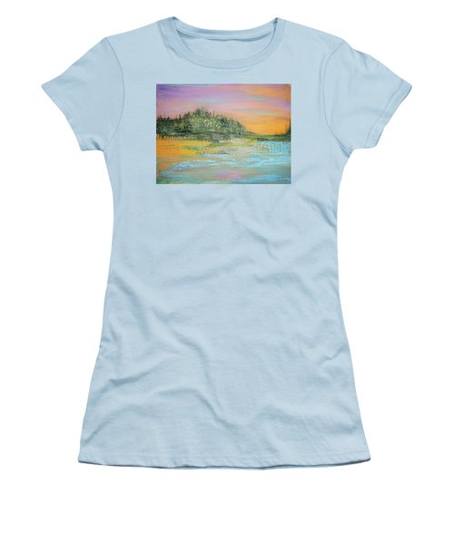 Stranded Women's T-Shirt (Athletic Fit)