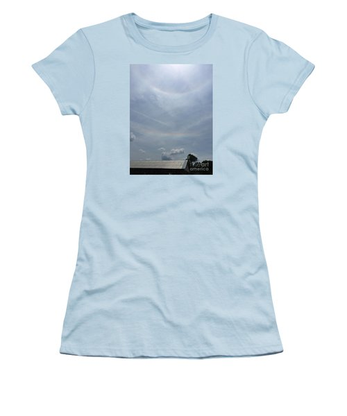 Sunday Promises  Women's T-Shirt (Athletic Fit)