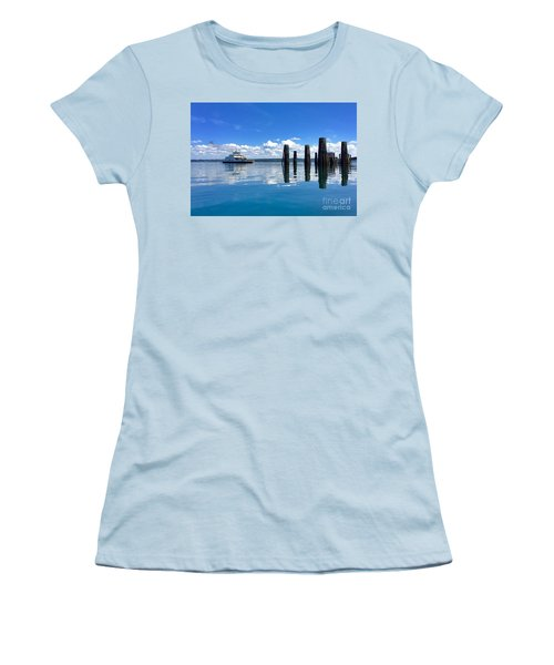 The Arrival Women's T-Shirt (Junior Cut) by Sean Griffin