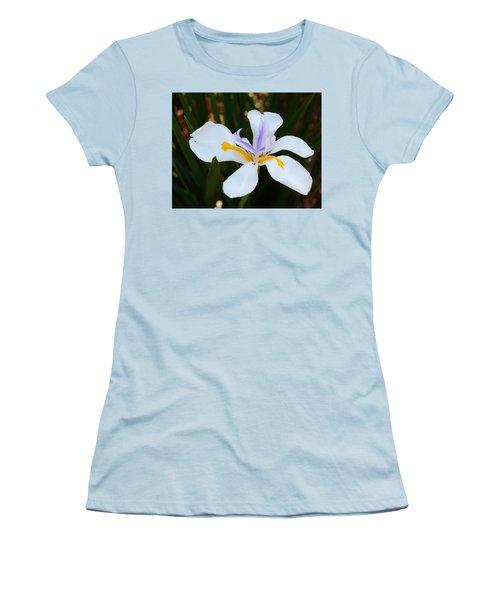 The Legacy African Iris Women's T-Shirt (Junior Cut) by Warren Thompson