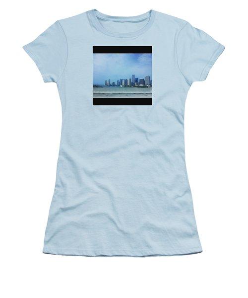 Miami Cityscape Women's T-Shirt (Athletic Fit)
