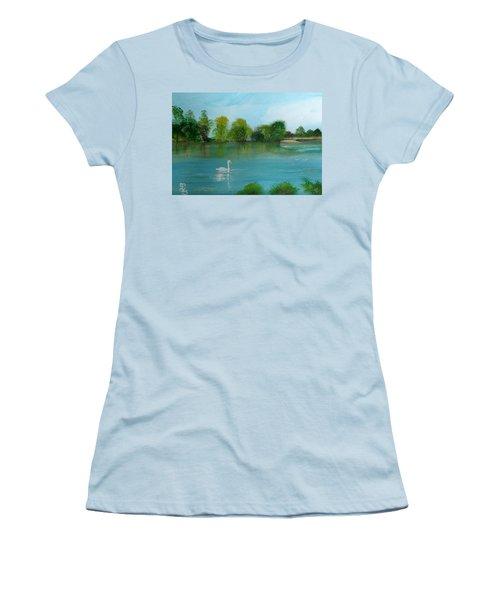 The River Thames At Shepperton Women's T-Shirt (Junior Cut) by Carole Robins