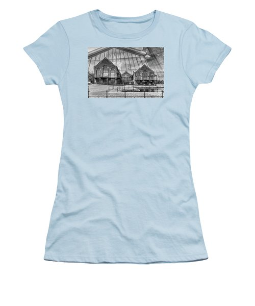 The Wharf Cardiff Bay Mono Women's T-Shirt (Junior Cut) by Steve Purnell