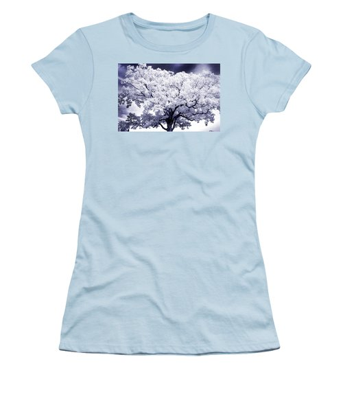 Women's T-Shirt (Junior Cut) featuring the photograph Tree by Paul W Faust - Impressions of Light