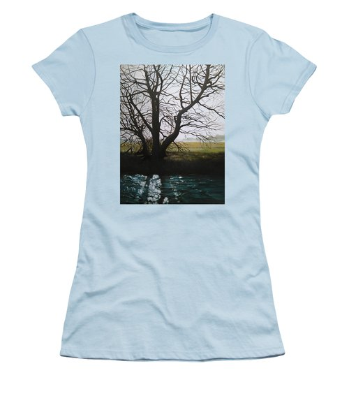 Trent Side Tree. Women's T-Shirt (Athletic Fit)
