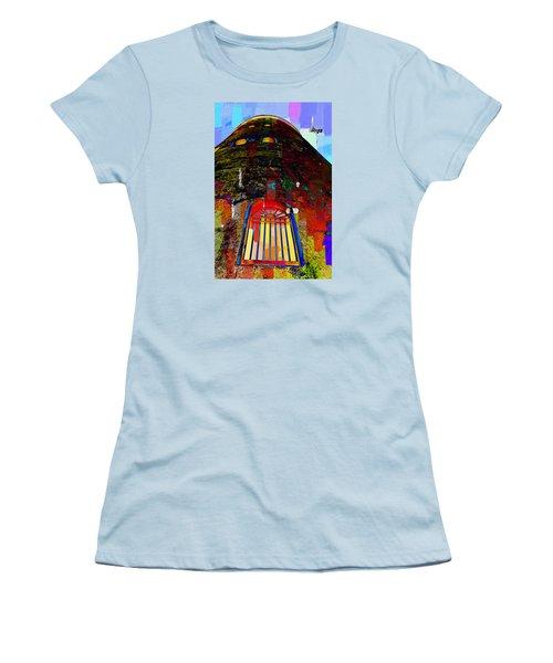 UFO Women's T-Shirt (Athletic Fit)