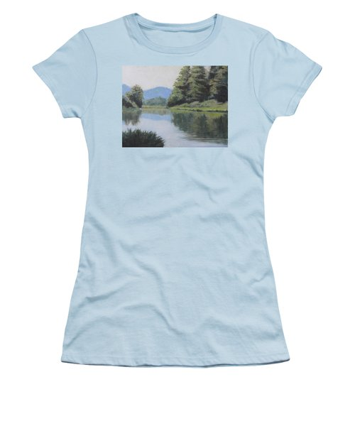 Umpqua River Women's T-Shirt (Athletic Fit)