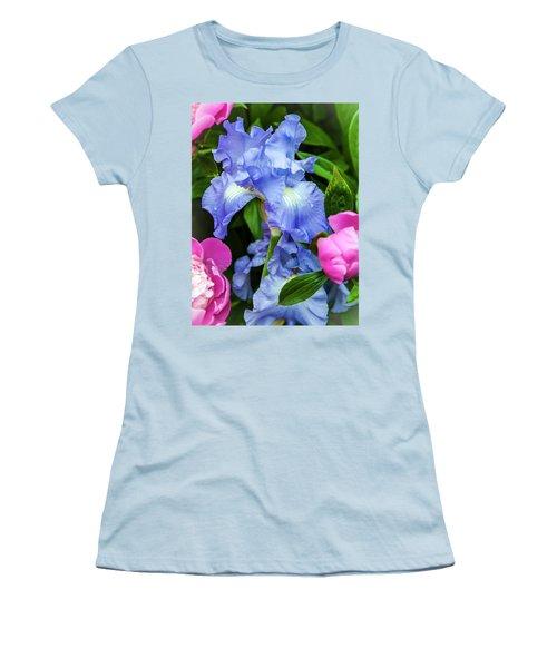 Victoria Falls Iris Women's T-Shirt (Athletic Fit)