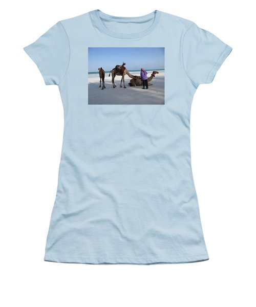 Wedding Camels In The Waiting ... Women's T-Shirt (Athletic Fit)