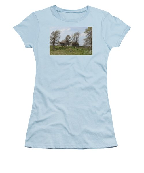 Welcome To The Farm Women's T-Shirt (Athletic Fit)