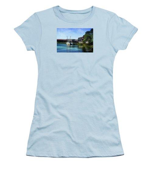 Winyah Bay Georgetown Sc Women's T-Shirt (Junior Cut)