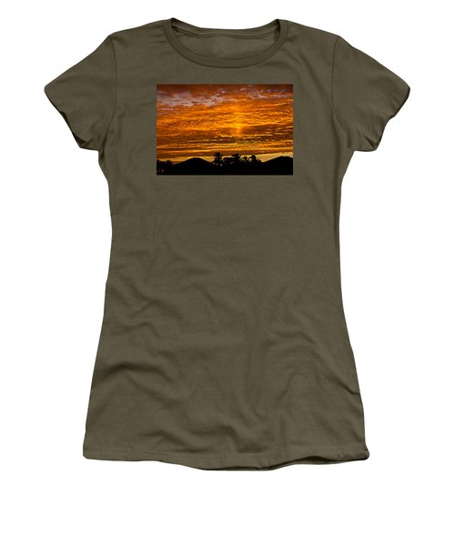 1 Awsome Sunset Women's T-Shirt (Athletic Fit)