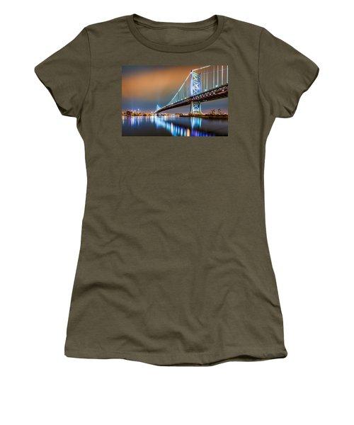 Ben Franklin Bridge And Philadelphia Skyline By Night Women's T-Shirt