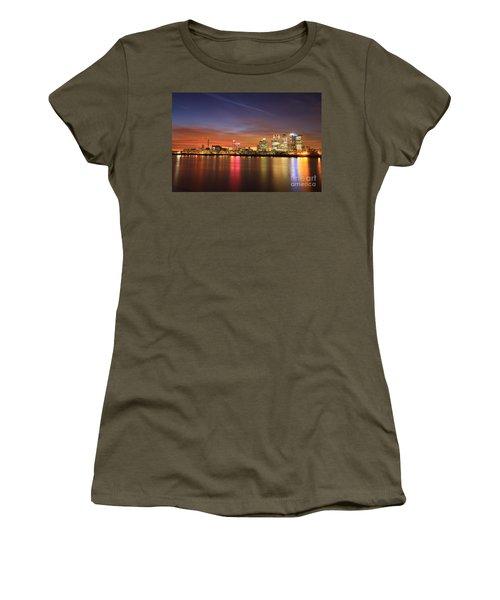 Women's T-Shirt (Junior Cut) featuring the photograph Canary Wharf 2 by Mariusz Czajkowski